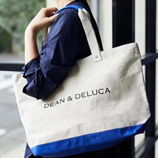 ディーンアンドデルーカ(DEAN & DELUCA)のDEAN & DELUCA キャンバストートバッグ ブルー&ナチュラル Lサイズ(トートバッグ)