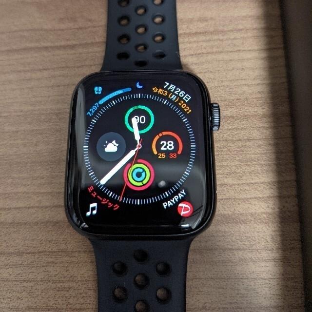 Apple Watch(アップルウォッチ)の【美品】Apple Watch SE 44mm NIKE+ ブラック スマホ/家電/カメラのスマホアクセサリー(その他)の商品写真