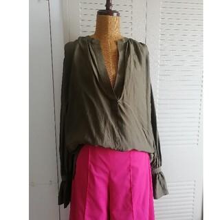 BEAUTY&YOUTH UNITED ARROWS - 美品 CASA FLINE シルクシャツ カーキ 定価26,800円