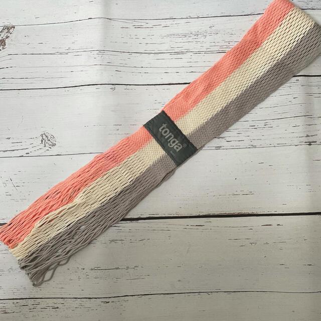 tonga(トンガ)のTonga 抱っこ紐 キッズ/ベビー/マタニティの外出/移動用品(抱っこひも/おんぶひも)の商品写真