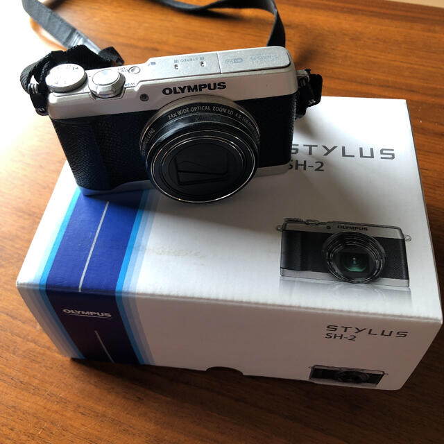 OLYMPUS(オリンパス)のsdカード付き OLYMPUS オリンパス SH SH-2 SILVER スマホ/家電/カメラのカメラ(コンパクトデジタルカメラ)の商品写真