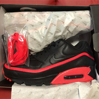 NIKE - UNDEFEATED × NIKE AIR MAX 90 BLACK/RED