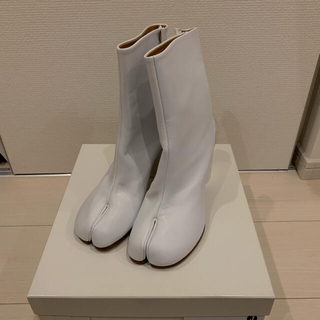 Maison Martin Margiela - <MAISON MARGIELA>ペイントカーフスキンtabiブーツ 足袋ブーツ