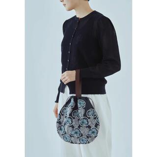 ミナペルホネン(mina perhonen)のミナペルホネン  hanakaze pear bag 2021ネイビー新品(ハンドバッグ)