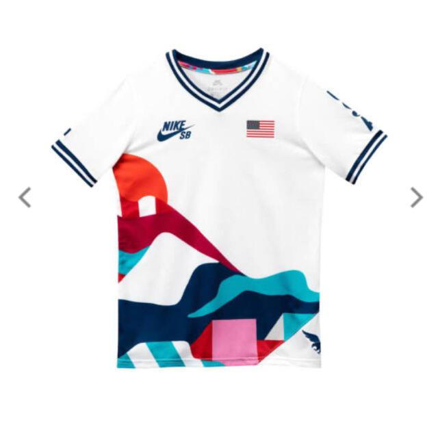 NIKE(ナイキ)の【USA】NIKE SB x PARRA FEDERATION KIT T メンズのトップス(Tシャツ/カットソー(半袖/袖なし))の商品写真