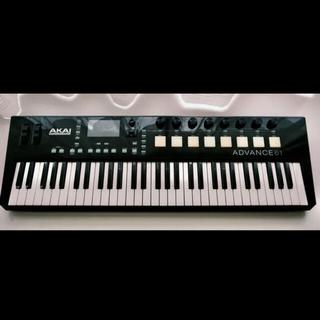 【売り切り価格!!】AKAI Advance 61 (MIDIコントローラー)
