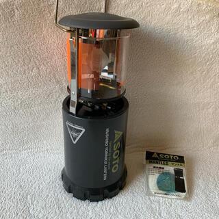 シンフジパートナー(新富士バーナー)のSOTO 虫の寄りにくいランタン&新品マントル3枚(ライト/ランタン)