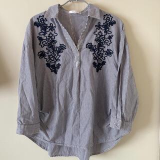 ZARA - 美品 IT'S DEMO 刺繍 ストライプ シャツブラウス 爽やか 七分袖