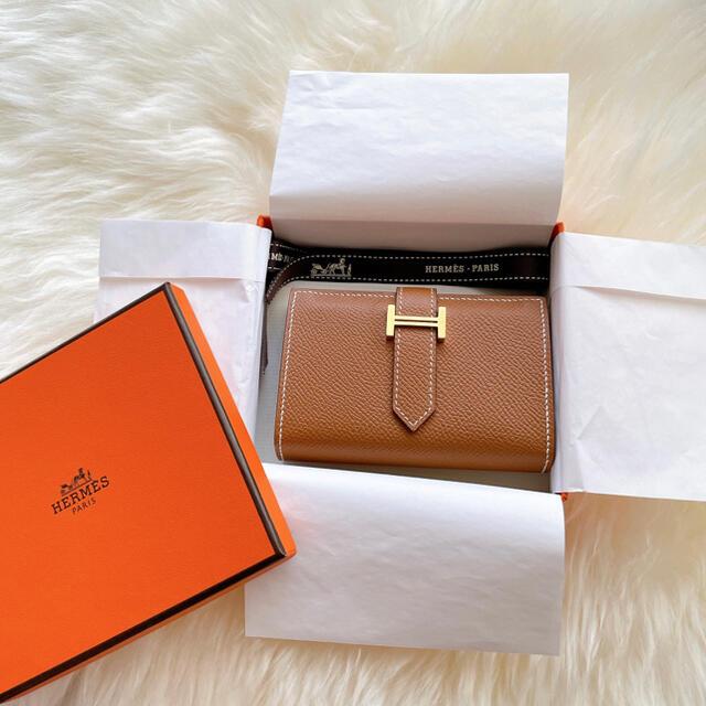 Hermes(エルメス)の9/20までお値下げ エルメス HERMÈS ベアンミニ ゴールド 刻印Y レディースのファッション小物(財布)の商品写真