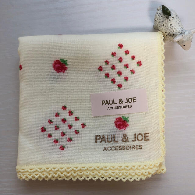 PAUL & JOE(ポールアンドジョー)のポール&ジョー ハンカチ レディースのファッション小物(ハンカチ)の商品写真