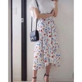 PLST - プラステ フラワー柄スカート 美品