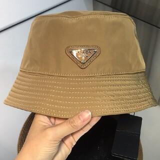 プラダ(PRADA)の人気新品 リバーシブル プラダ ナイロン ハット 帽子 ブラウン#401(ハット)
