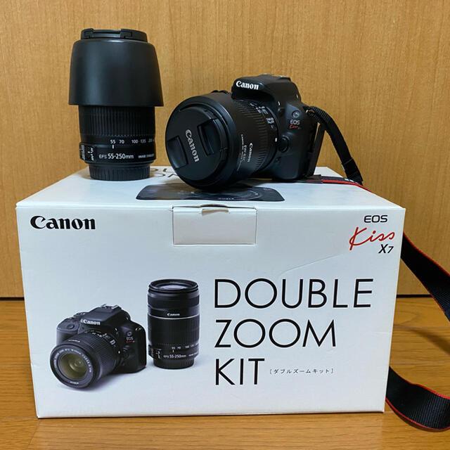 Canon(キヤノン)の値下済Canon(キャノン)EOS Kiss X7 ダブルズームキット 一眼レフ スマホ/家電/カメラのカメラ(デジタル一眼)の商品写真