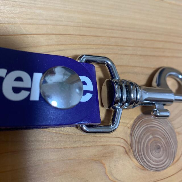 Supreme(シュプリーム)のsupreme レザーキーチェーン 紫 メンズのファッション小物(キーホルダー)の商品写真