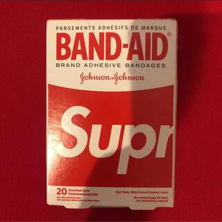 シュプリーム(Supreme)のむうた0109様専用 Supreme BAND-AID 未使用品 絆創膏(日用品/生活雑貨)