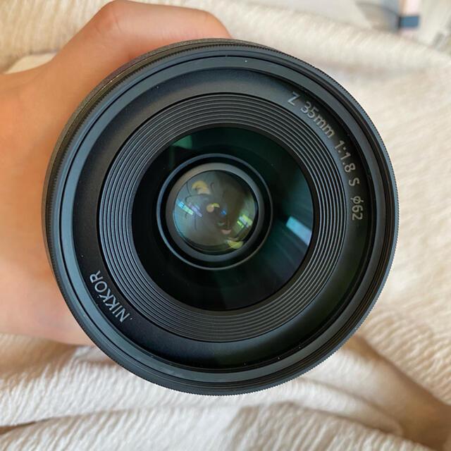 Nikon(ニコン)のNikon zマウント 35mm 1.8 単焦点レンズ スマホ/家電/カメラのカメラ(レンズ(単焦点))の商品写真
