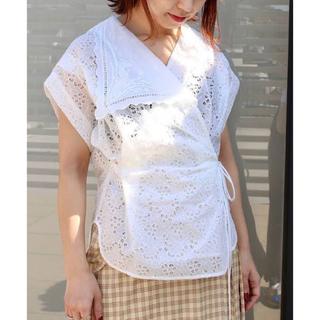mame - mame kurogouchi 刺繍レースアシンメトリーフラップカラーシャツ