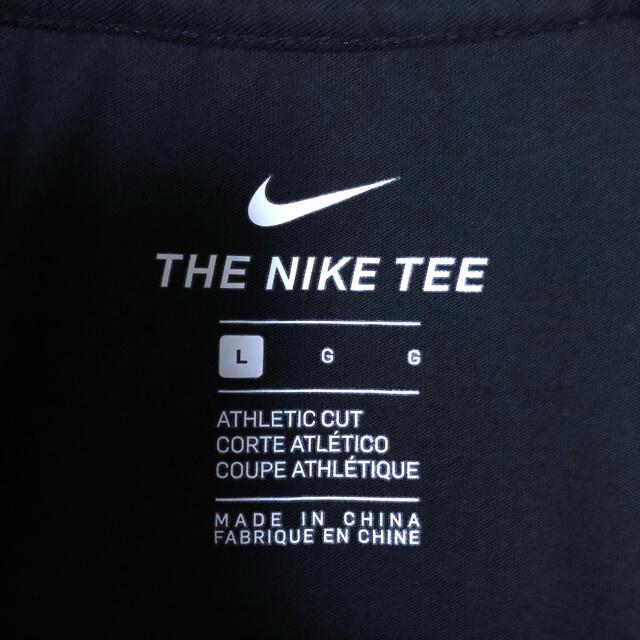 NIKE(ナイキ)の【美品】【両面デザイン】ナイキ 刺繍ロゴ センターロゴ Tシャツ L 黒 メンズのトップス(Tシャツ/カットソー(半袖/袖なし))の商品写真