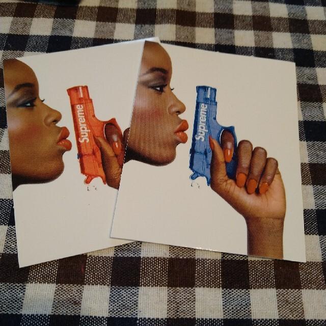 Supreme(シュプリーム)のシュプリーム Water Pistol 赤とtupac  メンズのファッション小物(その他)の商品写真
