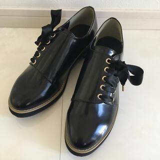 ケービーエフ(KBF)のKBF ローファー 黒 38(ローファー/革靴)