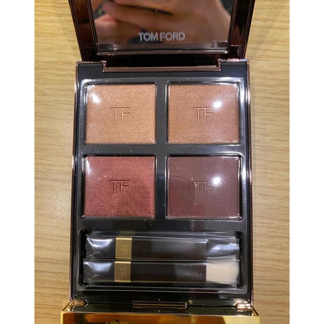 TOM FORD(トムフォード)のTOM FORD トムフォード アイ カラー クォード #04 ハネムーン  コスメ/美容のベースメイク/化粧品(アイシャドウ)の商品写真