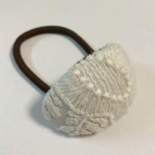 mina perhonen - ミナペルホネン ヘアゴム handmade smile flower ホワイト