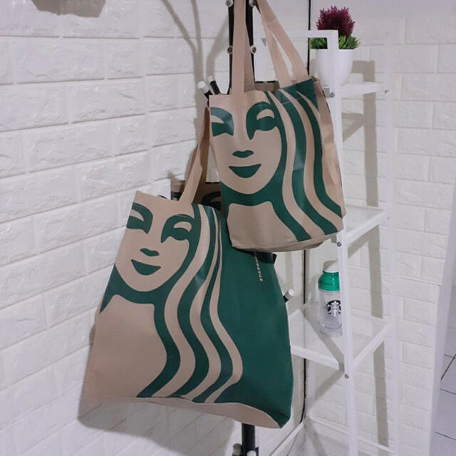 Starbucks Coffee(スターバックスコーヒー)の2枚セット 正規 Starbucks Bag スターバックストート バック レディースのバッグ(トートバッグ)の商品写真