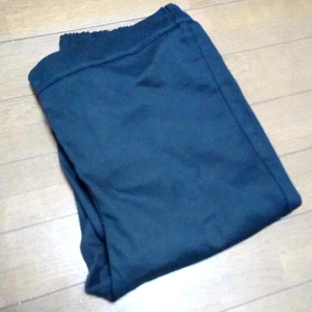 GU(ジーユー)の【GU】クロップドレギンスパンツ XLサイズ ブラック レディースのパンツ(クロップドパンツ)の商品写真