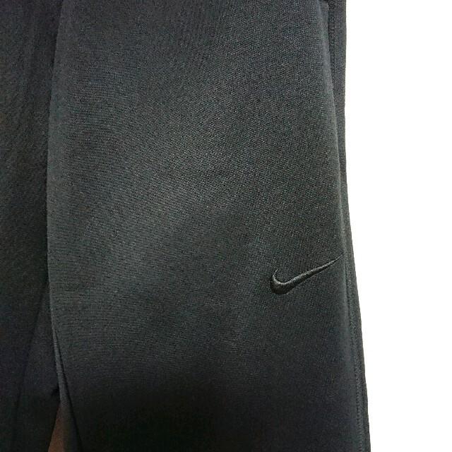 NIKE(ナイキ)のNIKE ナイキ  黒刺繍ロゴ セットアップ パーカー & スウェットパンツ M メンズのトップス(パーカー)の商品写真