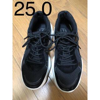 LL 25.0 ブラック スニーカー
