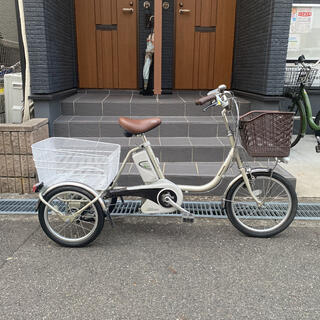 パナソニック(Panasonic)の電動アシスト三輪自転車  かろやかライフ(自転車本体)