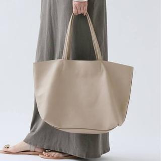 DEUXIEME CLASSE - ドゥーズィエムクラス サンドラロバーツ SONDRA ROBERTSトートバッグ