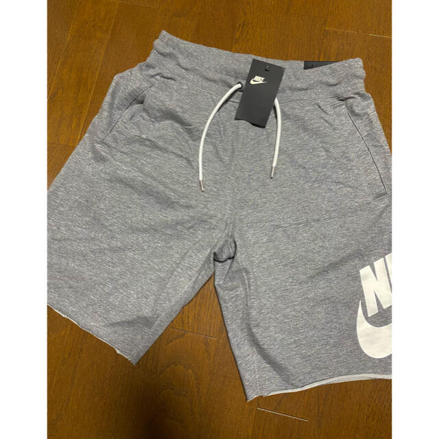 NIKE(ナイキ)の新品未使用タグつき NIKEハーフパンツ メンズのパンツ(ショートパンツ)の商品写真