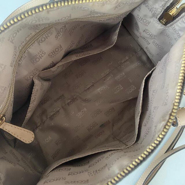 Michael Kors(マイケルコース)のMICHAEL KORS バッグ レディースのバッグ(ハンドバッグ)の商品写真