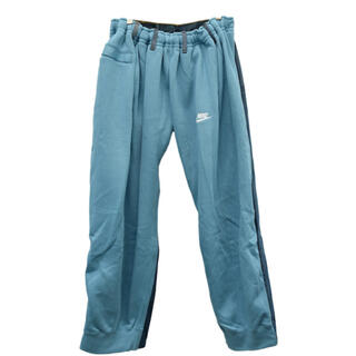 BLESS - BLESS over jogging jeans BLU