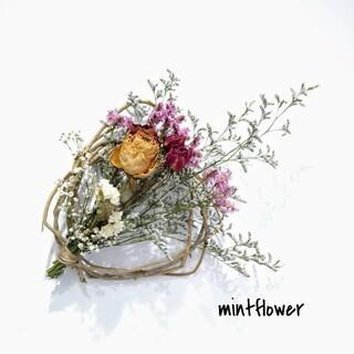 薔薇とスターチスのドライフラワースワッグ 天然蔓リースアレンジメント(ドライフラワー)