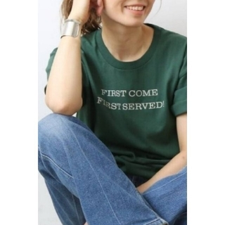 DEUXIEME CLASSE - CALUX/キャラクス FIRST COME FIRST SERVED Tシャツ