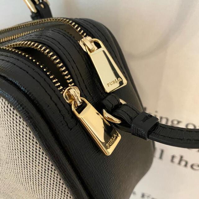 Furla(フルラ)のフルラ  ダブルファスナーショルダーバッグ レディースのバッグ(ショルダーバッグ)の商品写真