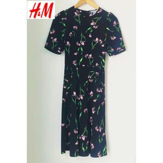 H&M - H&M  花柄フレアワンピース ブラック Sサイズ〜Mサイズ