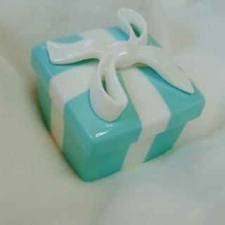Tiffany & Co. - 【廃盤品レア】TIFFANY&Co. ティファニー ミニ ブルーボウ ボックス