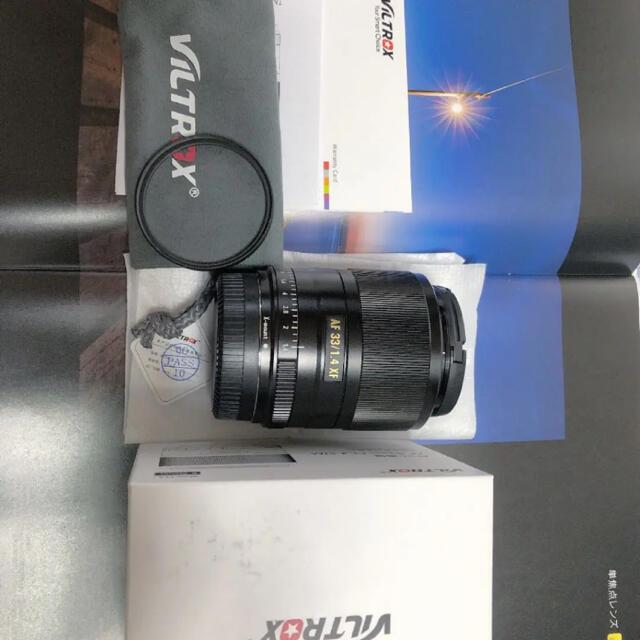 富士フイルム(フジフイルム)のVILTROX 33mm f1.4 富士xマウント 綺麗! スマホ/家電/カメラのカメラ(レンズ(単焦点))の商品写真