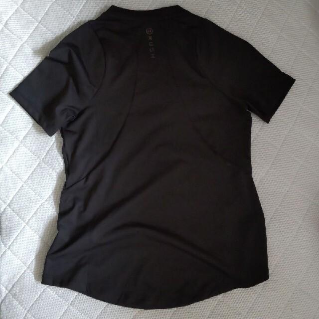 UNDER ARMOUR(アンダーアーマー)のアンダーアーマー ラッシュレディースTシャツ 黒 S スポーツ/アウトドアのトレーニング/エクササイズ(トレーニング用品)の商品写真