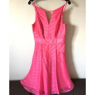 ビーシービージーマックスアズリア(BCBGMAXAZRIA)のレディース  ワンピース   ドレス  ピンク  BCBG(ひざ丈ワンピース)