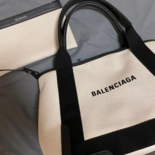 Balenciaga - 最終値下げ BALENCIAGA ネイビーカバ