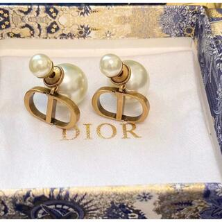 Dior - Dior 真珠のイヤリング