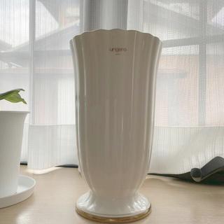 ユーバイウンガロ(U by ungaro)の花瓶(花瓶)