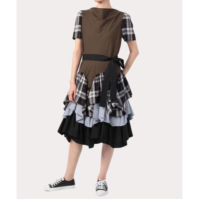Vivienne Westwood(ヴィヴィアンウエストウッド)のヴィヴィアン♡秋冬新作ワンピース レディースのワンピース(ひざ丈ワンピース)の商品写真