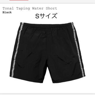 Supreme - Supreme Tonal Taping Water Short Sサイズ