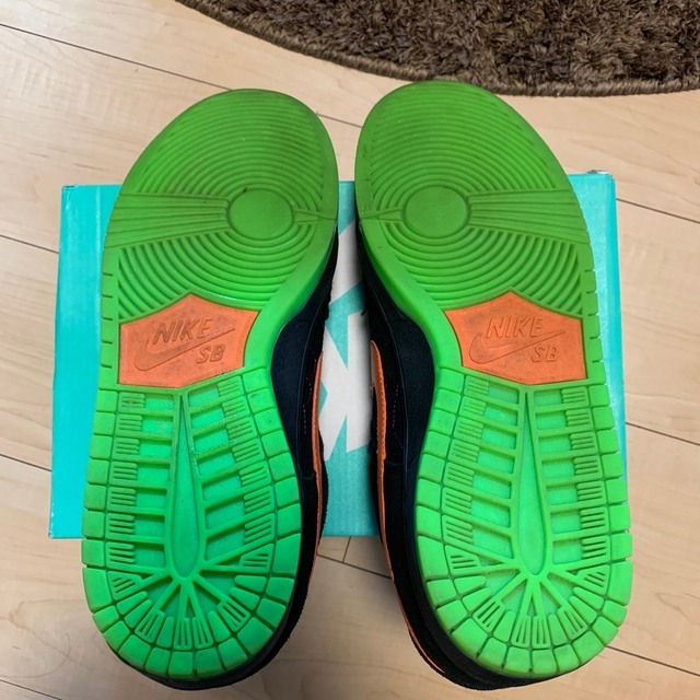 NIKE(ナイキ)のNIKE SB ハロウィンダンク サイズ27.5 最終値下げ メンズの靴/シューズ(スニーカー)の商品写真