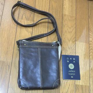 パスポートバッグ(旅行用品)